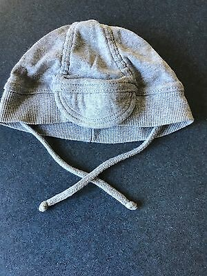Newborn Baby Boy Girl Unisex Grey Beanie Hat with Little Peak by Purebaby Medium