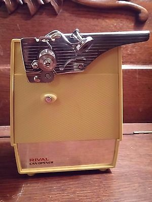 Vintage Rival Mustard Yellow Electric Can Opener Kitchen Appliance Never Used
