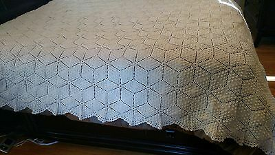 Antique Gorgeous Crochet Bedspread Coverlet Off White Star 6 pt Star Pattern