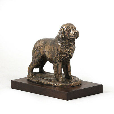 Newfoundland, dog bust/statue on wooden base, ArtDog Limited Edition, CA
