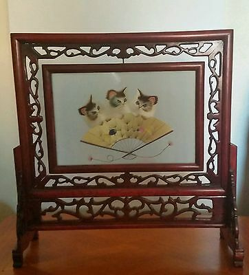 Embroidered Silk Cats In Rotating Wooden Frame - Chinese