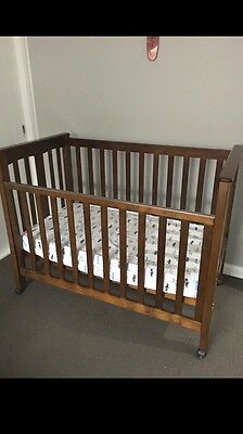 Genesis Infant/kids/toddler Bed In Excellent Condition