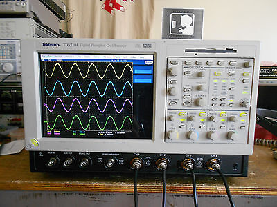 Tektronix TDS7104 DSO Loaded with OPTIONS incl. 3M JIT PWR SM... + SSD drive