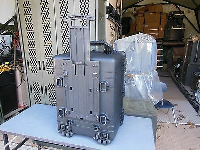 MILITARY SURPLUS PELICAN 1630 STORAGE CONTAINER  29x22x16  ARMY CASE TOOL BOX