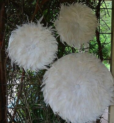 Set x 3 Juju hat natural, black or white feather and shell wall feature