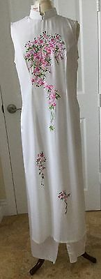 Ao Dai Vietnamesewhite With Embroidered Multi-Colored Flowers Tunic