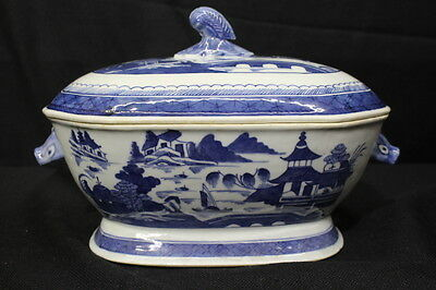 Mid-19th Century Chinese Canton Blue & White Porcelain Tureen with Lid, 12""