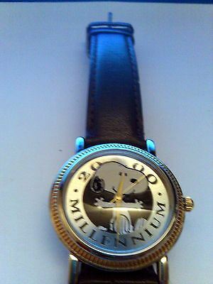 Amitron Schulz Peanuts Snoopy's  2000 MILLENNIUM Working Watch Retired