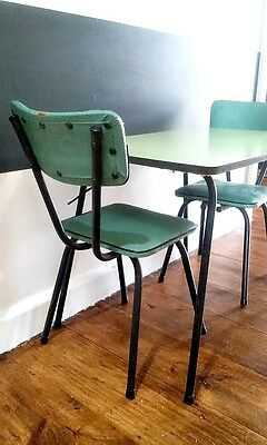 Vintage/Retro Children's Table & 2x chairs