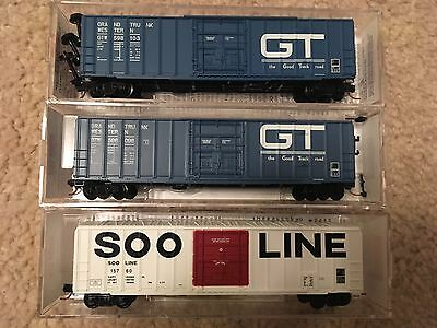 Lot of 3 Microtrains n scale 50' Plug Door Boxcars Grand Trunk GT Soo Line