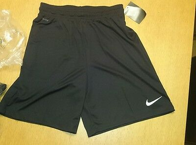 Nike Boys/youth Dri Fit Black  Sport Shorts Football Running - Large Youth
