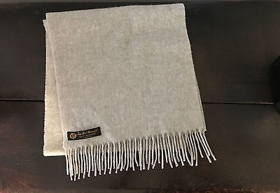 Loro Piana Unisex $795 Light Gray 100% Cashmere Scarf 52 Inches Made In Italy