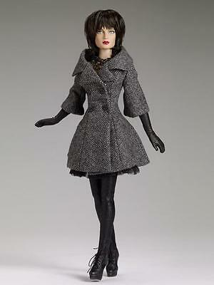 "Tonner/Tyler  SHAUNA CITY TWEED DRESSED DOLL  MIB / 16"" /wig / articulated/WIG"