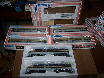 American Flyer S Scale #48102 Chesapeake & Ohio PA-1 AA Diesel Set w/ 4 pass.