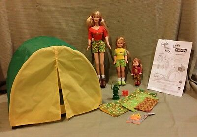 LET'S CAMP Gift Set with BARBIE, STACIE & KELLY Dolls TOYS R US EXCLUSIVE  Mint