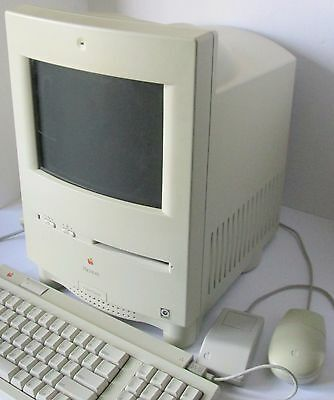 Apple MACINTOSH COLOR CLASSIC Computer in excellent condition 8MB + 80MB