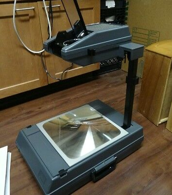 3m 2000 overhead projector