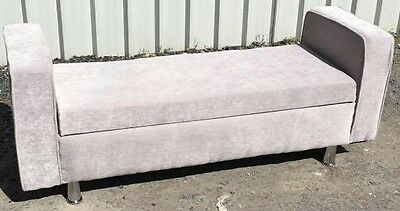 chaise longue/Love Seat/Window seat/Bed End with storage