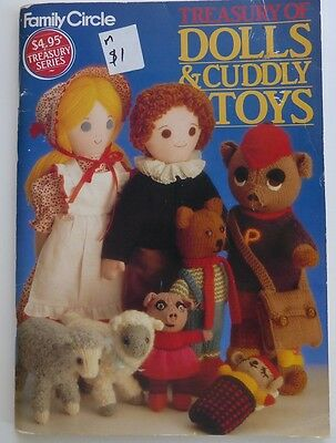 Family Circle - Treasury of Dolls and Cuddly Toys - sew and knit