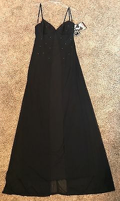 Size Medium Prom Party Homecoming Dance Pageant Formal Evening Gown Dress NWT !