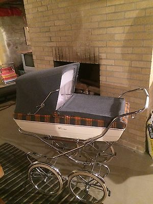 Vintage 1969 Italian Baby Carriage