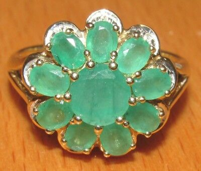 STUNNING SECONDHAND 9ct YELLOW GOLD DIAMOND &  EMERALD CLUSTER RING SIZE Q