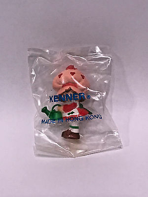 """Strawberry Shortcake """"mail Away Figure"""" In Baggie  Lot Of 50"""