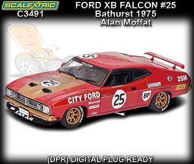 Scalextric C3491 - Ford XB Falcon - Alan Moffat - Bathurst 1975 - working lights