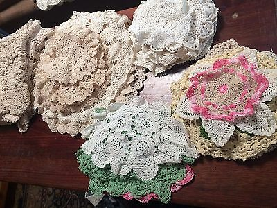 Vintage Doilies Bulk Lot 112 items Doilies table clothes napkins embroidered