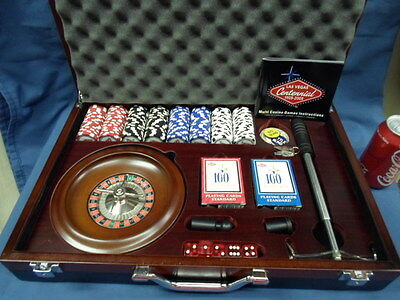 1437M Las Vegas Centennial Official Multi Casino Games in Wood Box EXC COND !!!