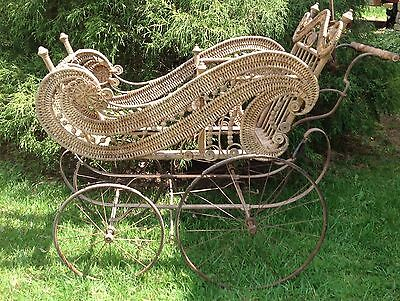 1890's Victorian WICKER BABY BUGGY Antique Carriage Doll Display/Photo Prop