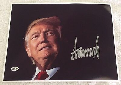 President Donald Trump Hand Signed 8.5X 11 Presidential Photo With Coa & Holo