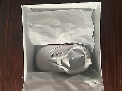 Seed Heritage Unisex Baby White Sneakers BNIB Size 6-12 Months