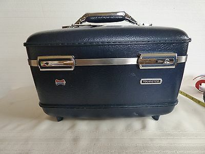 Vintage American Tourister overnight case train/bus navy blue