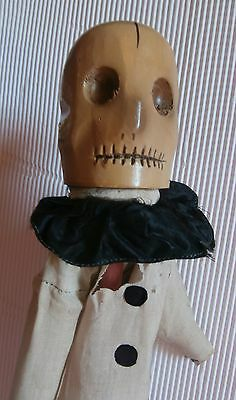 early .  magnificent skeleton   WOOD  CAVED  FOLK  ART  HEAD Punch  &  Judy