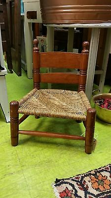 Primitive Child's Chair with Woven Splint Wood Seat in Excellent Condition