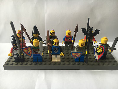 Lego Pre-Owned - Set of 10 Vintage Knights Minifigures with weapons