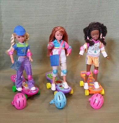 AWESOME SKATEBOARD Stacie, Janet & Whitney Dolls w/all their accessories MINT