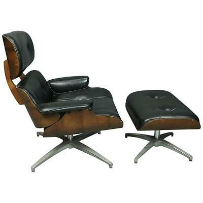 Mid-Century Modern Eames for Miller Style Lounge Chair and Ottoman, circa 1960