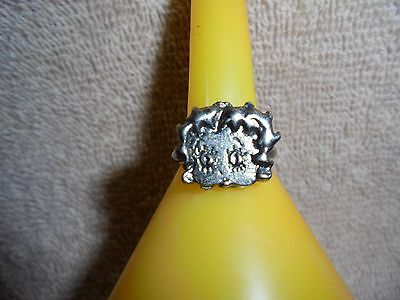 Vintage: Betty Boop Silver Tone Metal Adjustable  Ring.