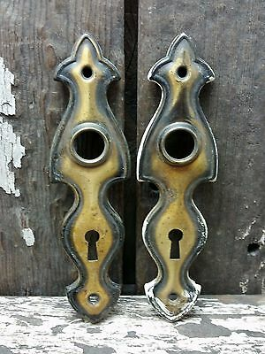 2 VTG Old Small SHABBY Fleur de Lis Top Metal Keyhole Door Knob Backplate