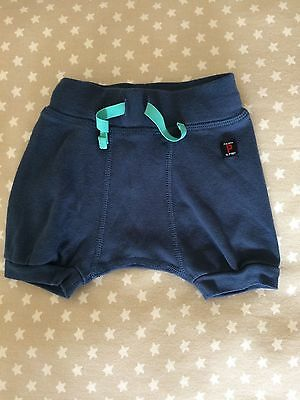 Polarn o pyret baby shorts navy blue, 1-2-3 month size 56 Excellent Condition