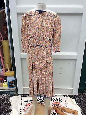 Vintage 1940's Liberty Print Tea Dress with Contrasting Piping