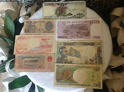 Foreign note collection, 60 years of Banknotes 37  highly sought after pieces