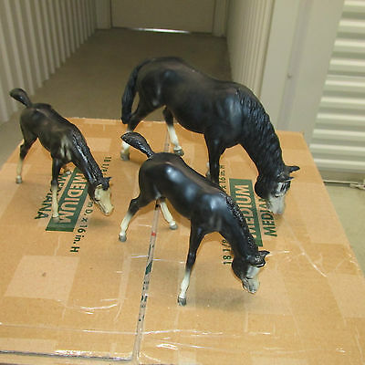 Breyer Lot of 3 horses.  Black Grazing Mare with 2 Foals.  Free Shipping..