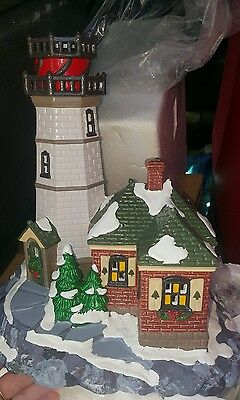 DEPARTMENT 56 54836 Christmas Cove Lighthouse Snow Village Holiday Collectible
