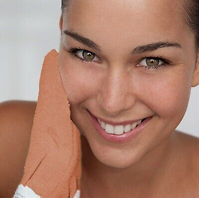 Exfoliating Glove for healthier and glowing Skin. The Royal Kessa