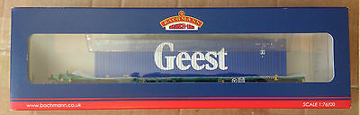 Bachmann Branch-Line 00 Gauge Intermodal Bogie Wagon with 45ft Container Geest