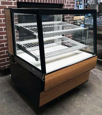 Federal Sgd3642 High Volume Dry Glass Bakery Food Display Case Merchandiser