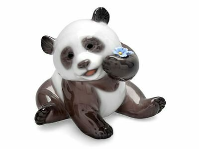 Lladro 01008357 A Happy Panda